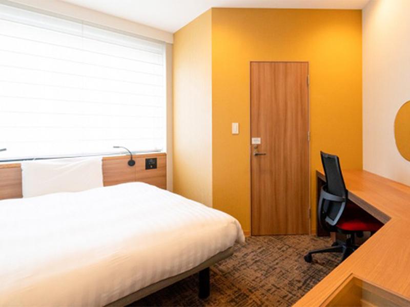 福岡の隔離ホテルの部屋2